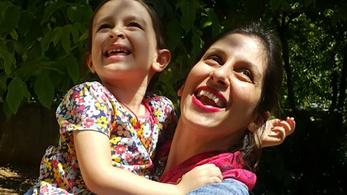 Több brit-ausztrál civilt is fogva tartanak Iránban
