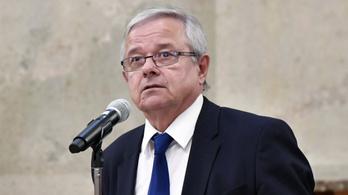 Ellenzék: Fideszes listákról szerezhette az aláírásait egy egri polgármesterjelölt