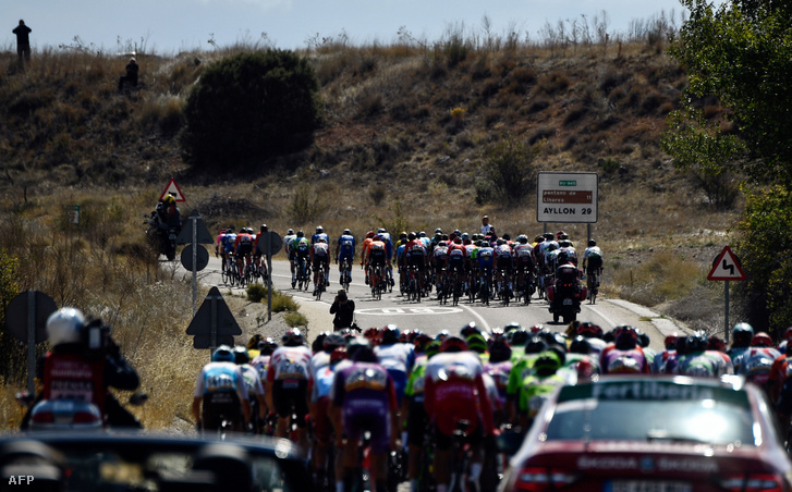 A Vuelta a Espana 17. szakaszán a szétszakadt mezőny