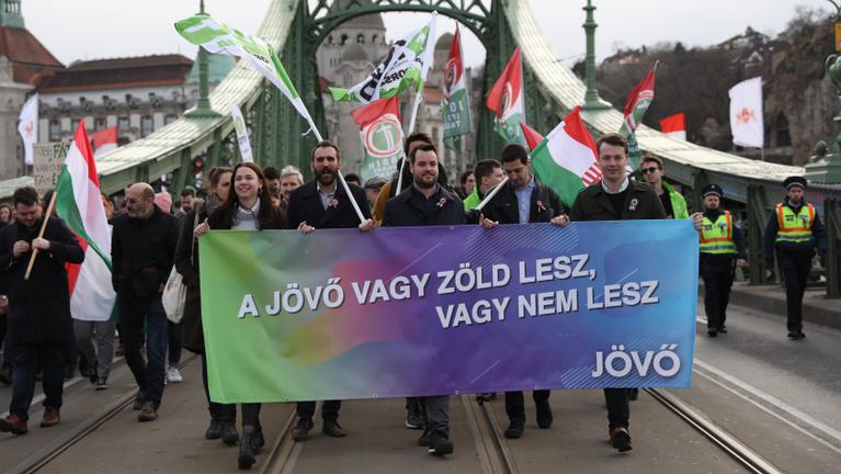 Az LMP eltűnt az összes megyéből, a Jobbik Budapestről