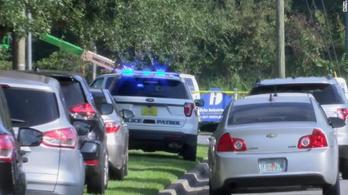 Több embert is megsebesített egy késelő Floridában