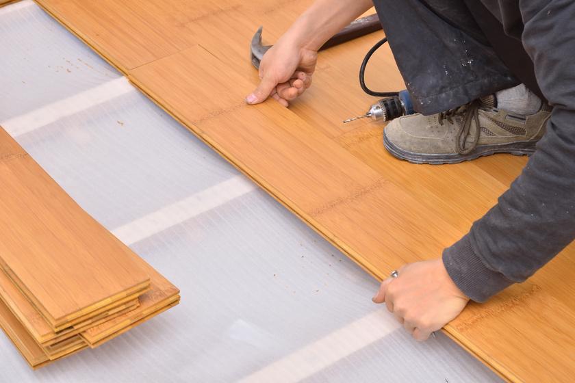 Környezetbarát padlóburkoló anyagok  - Miért jó a kókuszrost, a bambusz és a tengerifű?