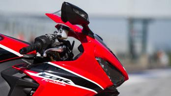 Akár már októberben is bemutathatják a teljesen új Honda CBR1000RR-t