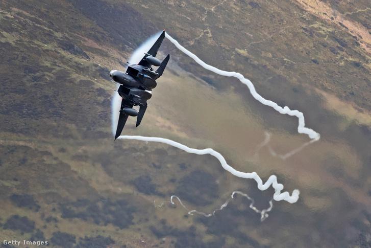 F15-ös vadászgép