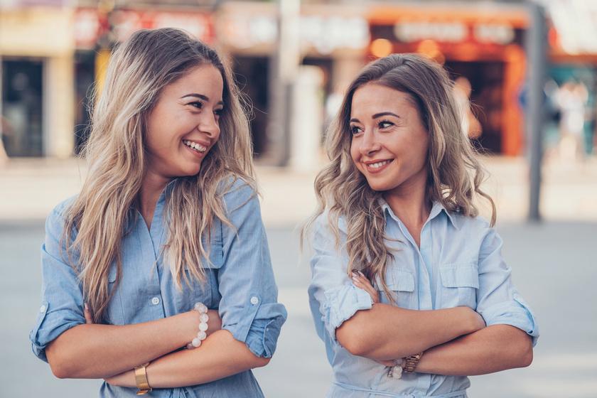 Miért olyan különleges az egypetéjű ikrek közti kapcsolat? Több szempontból is más, mint a testvéri viszony