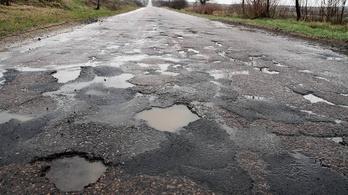 Miért ilyenek a magyar utak?