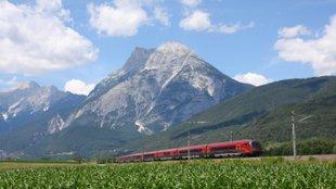 Vonatok az Inn völgyében