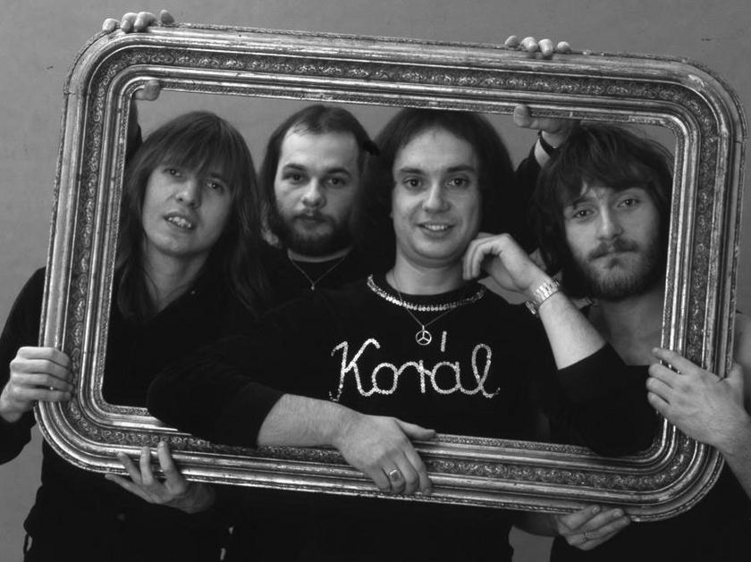 A Korál együttes 1978-ban: Balázs Fecó orgona/ének, Schöller Zsolt basszus, Fischer László gitár, Pados István dob.