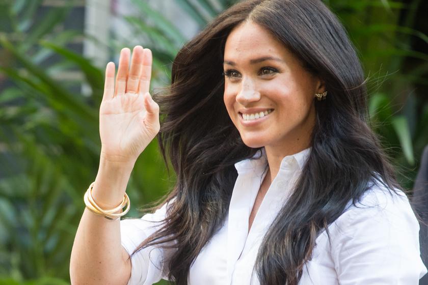 Meghan hercegné először jelent meg Archie születése óta - Diana ékszereit viselte