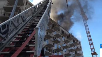 Videón, hogyan fékezték meg az angyalföldi tüzet