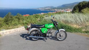 Budapest-Zadar-Budapest túra egy Simson S51 nyergében