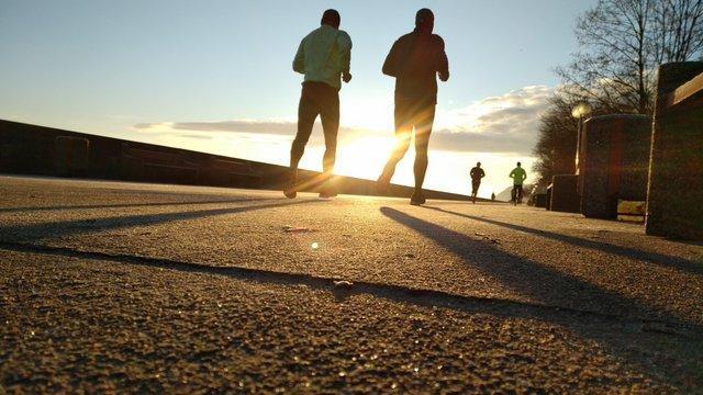 10 kötelező gyakorlat futás után a gyors regenerálódásért