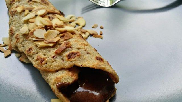 Vegán és gluténmentes palacsinta extra csokihab recepttel