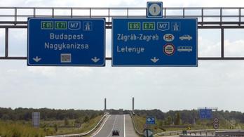 Hat kilométeren lezárják az M7-es egyik oldalát