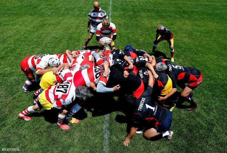 A a Fuwaku Rugby Club játékosai