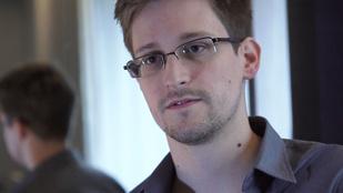 Íme Edward Snowden őszinte vallomása a lehallgatási botrányról és odáig vezető útról