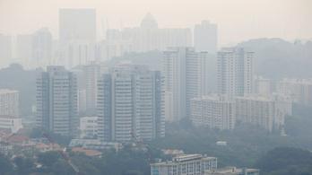 Szingapúrban három éve nem volt ilyen erős a légszennyezettség