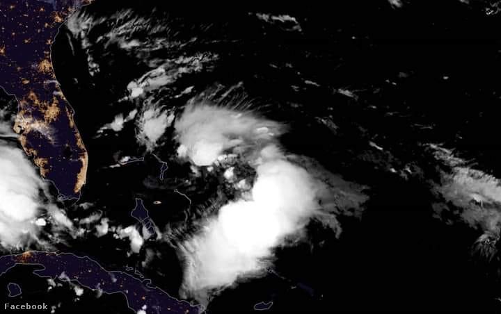 Humberto nevű trópusi viharról készült kép szombaton, ami eléri a Bahamákat