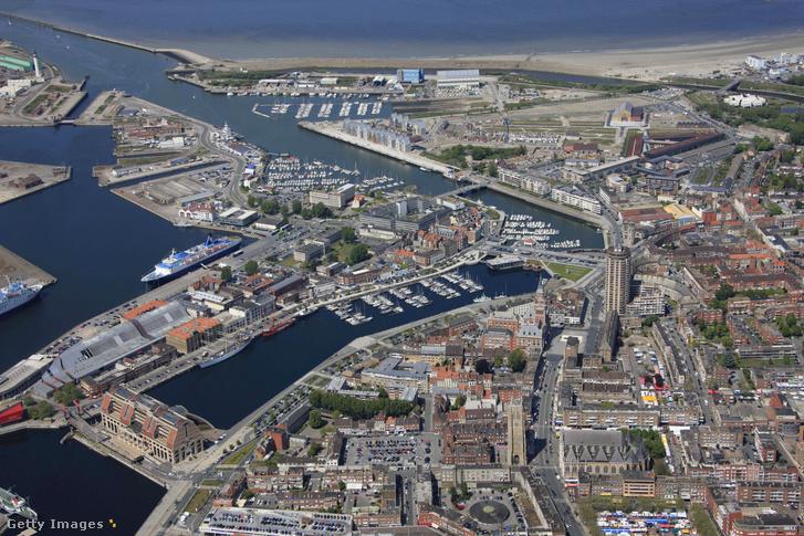 Dunkirk (Dunkerque) légi felvétele
