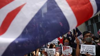 A hongkongi tüntetők mintha már a brit gyarmati időket sírnák vissza