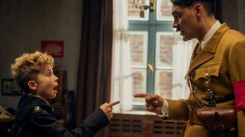 Már a világpremierjével díjat nyert Adolf Hitler és Scarlett Johansson kalandja