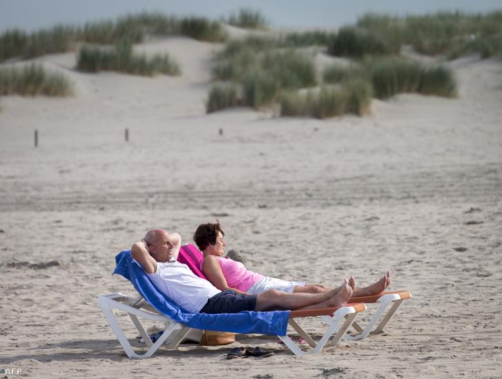 A tengerparton könnyű átélni a niksent