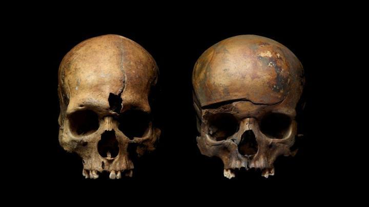 A jaroszlavli tömegsírokban talált két koponya