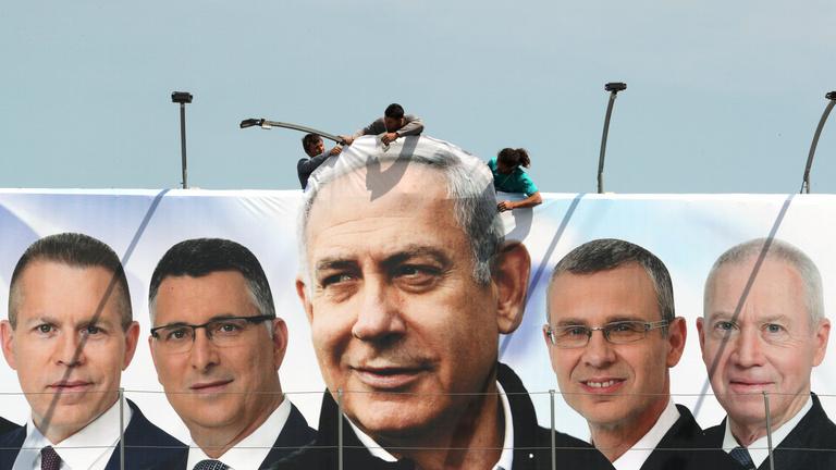 Elkezdődött az izraeli választás, Netanjáhu egy győzelemmel is megbukhat