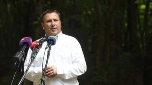Az ellenzéki jelölt parkolási ötletét támogatja a fideszes Láng Zsolt