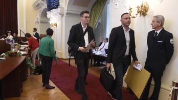 Rendkívüli közbeszerzési bizottsági ülést hív össze az ellenzék patkányügyben