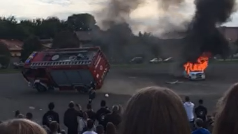 Baleset történt a diákoknak tartott katasztrófavédelmi bemutatón Vácon