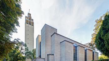 Gyönyörű zsebkönyvvel járhatjuk be Budapest több száz régi modern épületét