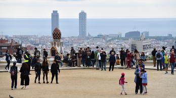 A barcelonai rablásoktól és nemi erőszaktól óvja szurkolóit a Fradi