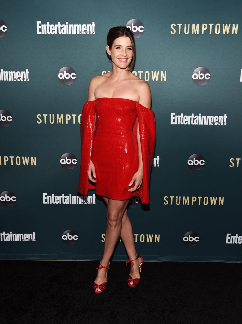 cobie-smulders-piros-szuk-ruha-2