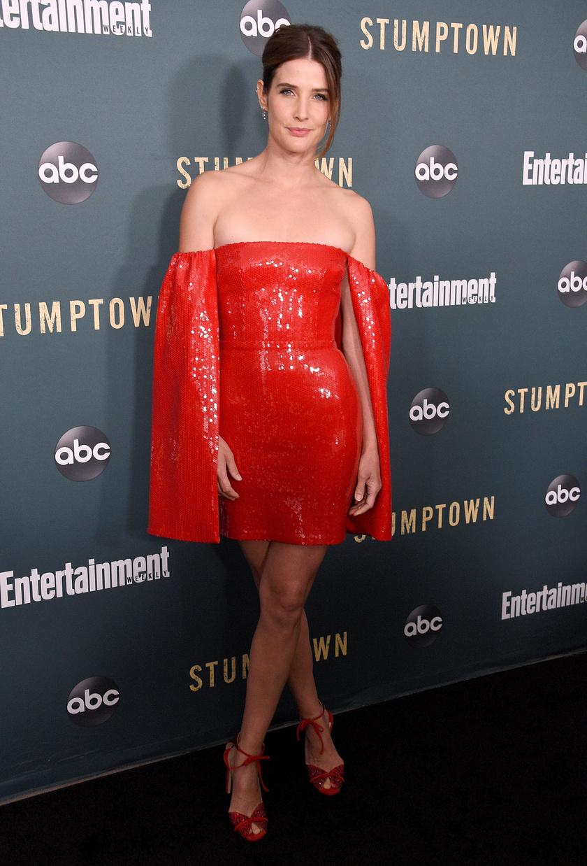cobie-smulders-piros-szuk-ruha-1