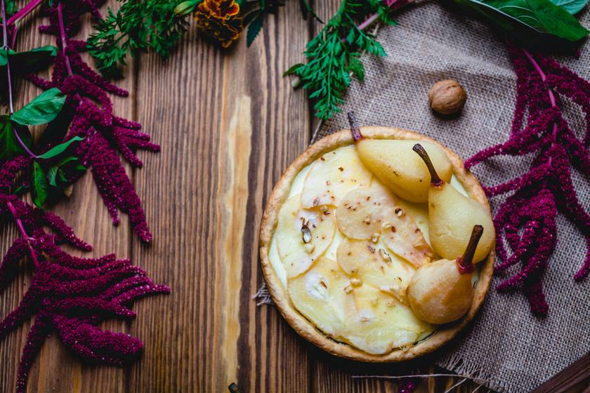 Őszies körtés, diós pite: a tészta hihetetlenül omlós