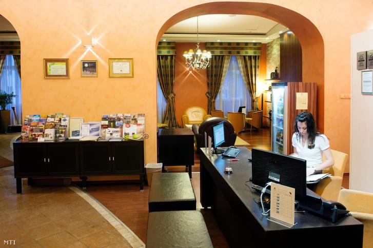 Recepció egy budapesti szállodában.
