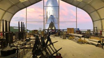 Új fotók a SpaceX Starship űrhajójáról