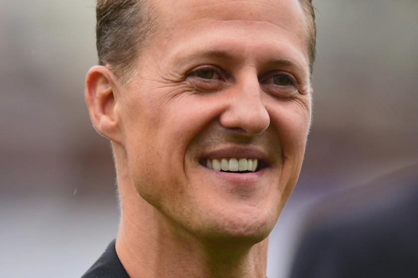 Friss hírek Michael Schumacherről - Az egykori versenyzőt családja titokban hazavitte a kórházból