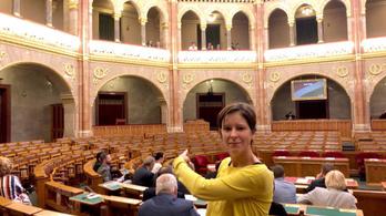 A kormánypártok bojkottálták a klímaügyi rendkívüli ülést