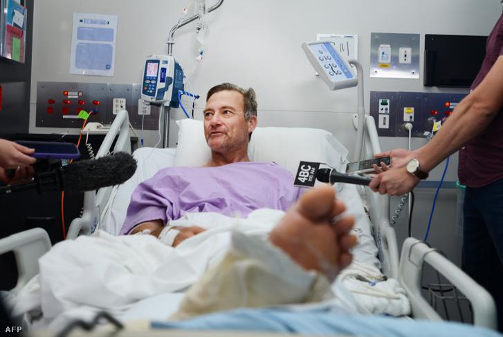 Neil Parker, a Princess Alexandra kórházban Brisbane-ben beszél a médiának a mai napon