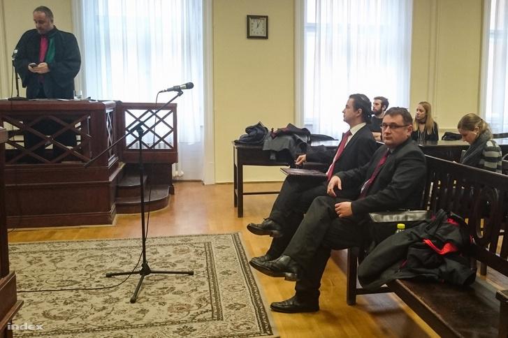 Maxin Norbert és Bukta Béla a bíróságon 2018-ban