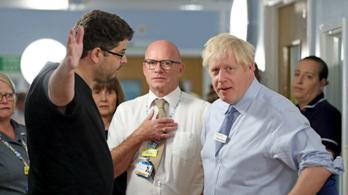 Kórházban estek neki Boris Johnsonnak
