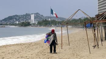 Mexikó felé közelít a Lorena hurrikán