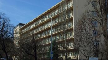 Csányi Sándor kórháza veheti meg a honvédelmi tárca egykori épületét