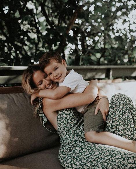 Mádai Vivien ezt a cuki fotót posztolta kisfia ötödik születésnapja alkalmából.