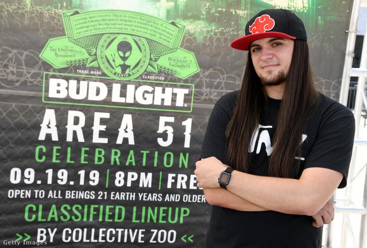 Matty Roberts, aki a Storm Area 51 nevű facebook eseményt készítette