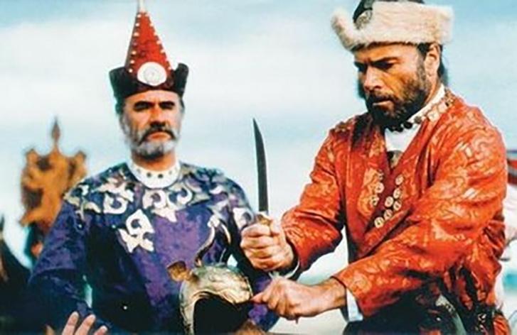 Árpád szerepében (jobb oldalt) a Honfoglalás című filmben