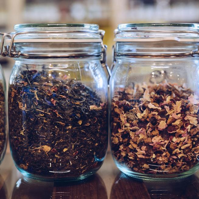 Hogyan tároljuk szakszerűen a teákat, hogy ne veszítsenek az aromájukból?