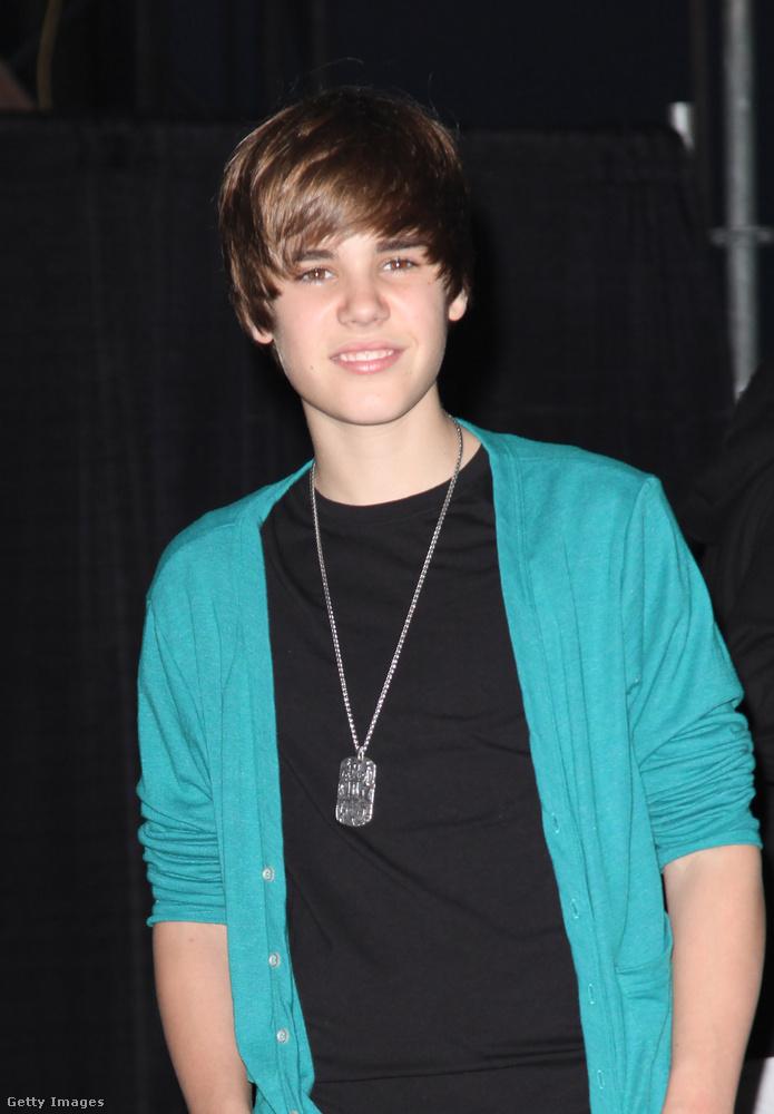 Egy másik új popsztár volt 2010-ben Justin Bieber, akiről viszont rengeteget hallottunk az azóta eltelt időben is